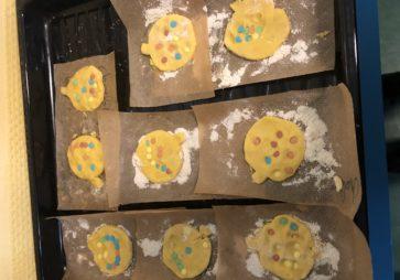 Préparation de biscuits en 2ième maternelle